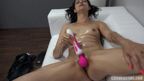 Fisting and Dildo Radka