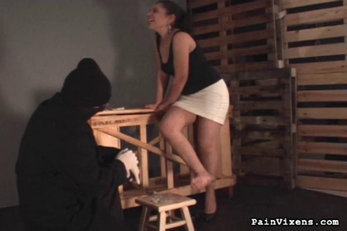 bdsm Painvixens - 20 Oct 2010 - Caning and Foot Torment