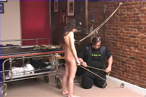 bdsm Ariel Visits the Dungeon