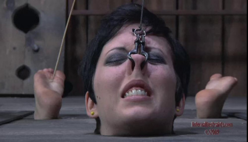 bdsm Caged - Cherry Torn