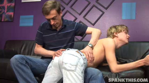 Gay BDSM Jeff spanks Coby