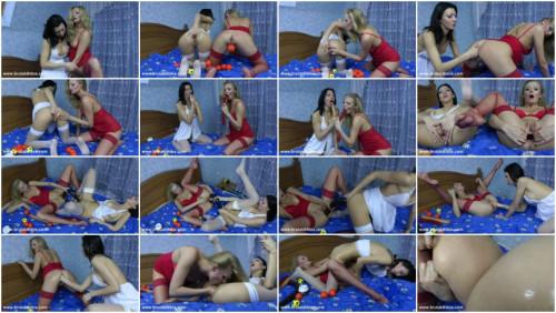 Hot Kinky Jo and Niki
