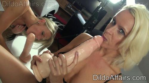 Fisting and Dildo Logan LuLu