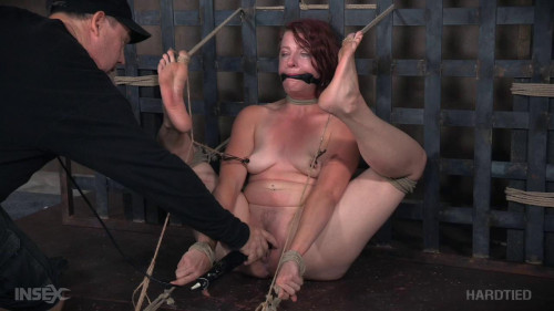 bdsm Kel Bowie, Matt Williams