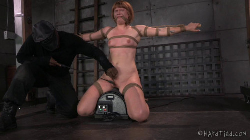 bdsm Little Miss Getting Her Ass Kicked - Claire Robbins, Jack Hammer