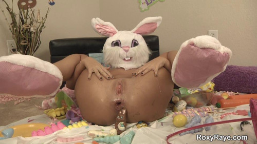 Fisting and Dildo Roxys Easter Special