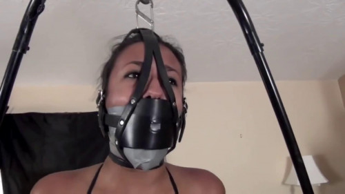 bdsm Super bondage and strappado for young latina girl