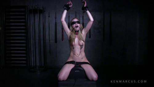 bdsm Tera Knightley On The Sybian