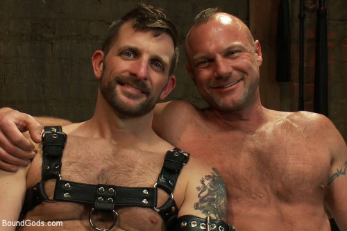 Gay BDSM Morgan Black