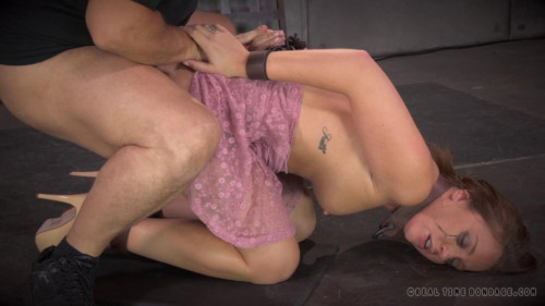 bdsm Maddy O'Reilly is throat trained