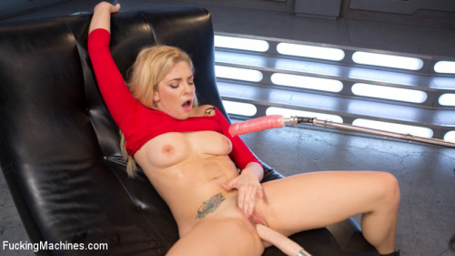 Sex Machines Stunning Blonde Babe Gets Fucked Into Oblivion