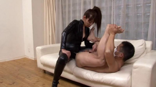 Femdom and Strapon Anal punishment of contemporary master craftsman Devas