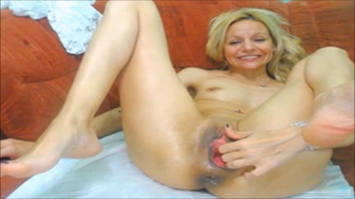 Fisting and Dildo Blondie