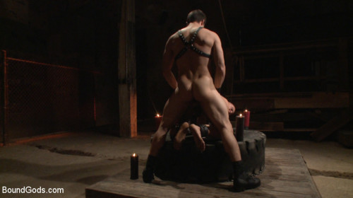 Gay BDSM New Dom - Strong, Silent with a Wicked Smile