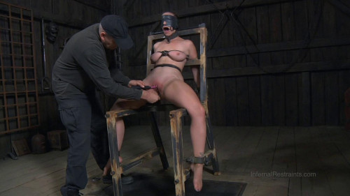 bdsm The Farm Bella's Visit