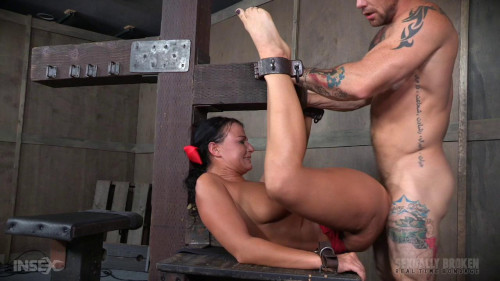 bdsm London River Cant Stop Cumming When Bound with Rough Anal Sex