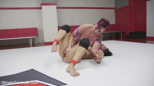 Femdom and Strapon 2016 Welter Weight Championship Izamar vs Kara