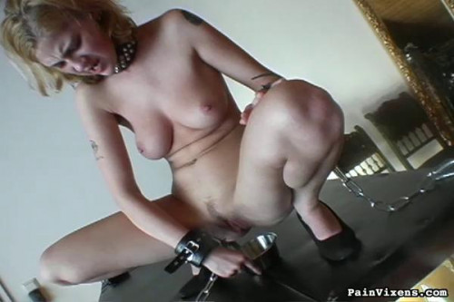 bdsm Painvixens - 10 Oct 2008 - Collared Blonde Degradation