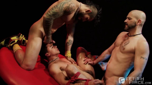 Gay BDSM Hot Threesome Tony Buff, Draven Torres and Armond Rizzo (720p)