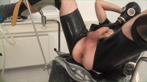 Gay BDSM Clinic Cum Scene 2