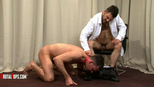 Gay BDSM BrutalTops - Session 322 - Master Leonardo