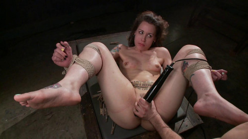 bdsm Elizabeth Thorn and Maestro - Resistance is Futile
