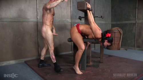 bdsm London River Struggles In Bondage While Being Fucked