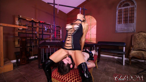 Femdom and Strapon Alexis Fawx - Chindo Worshipped