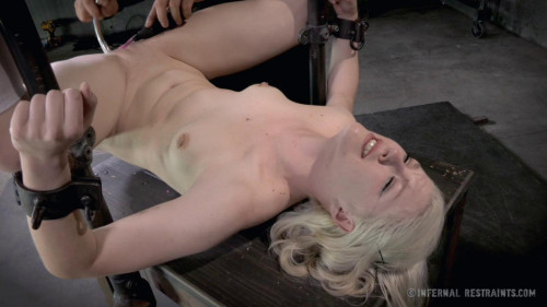 bdsm Ella Nova Wants To Be Exploied