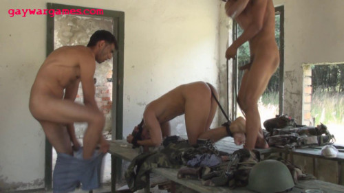 Wrong Turn Part 5. Naked, penetrated and bound (2012)