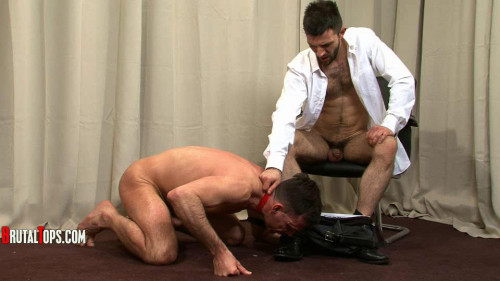Gay BDSM Master Leonardo Session 322 (540p)
