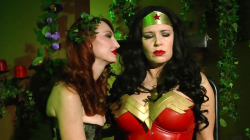 bdsm Wonder Woman vs Poison Ivy, Part 1