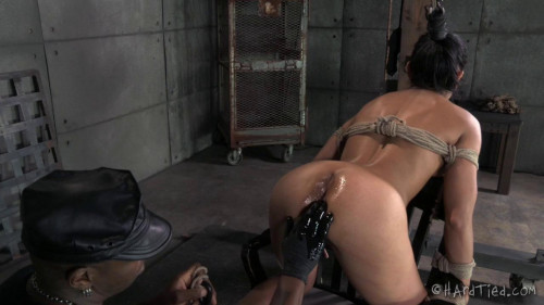 bdsm Gunning for Beretta