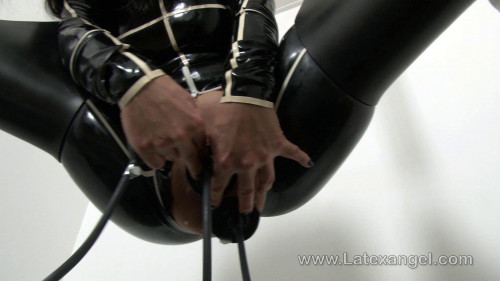 DOWNLOAD from FILESMONSTER: fisting and dildo suspended