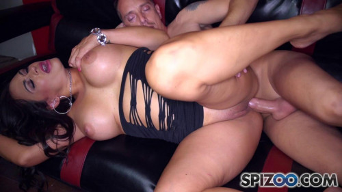 DOWNLOAD from FILESMONSTER: mature milf Claudia Valentine – Claudia Anal Fun