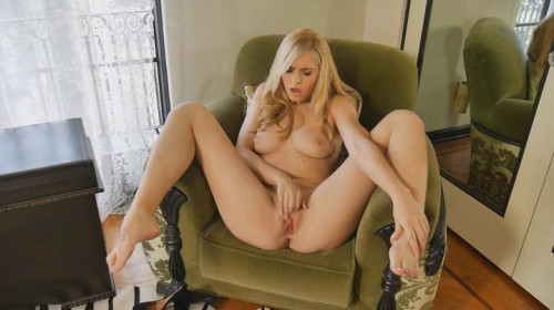 Glamour Solos Five Masturbation