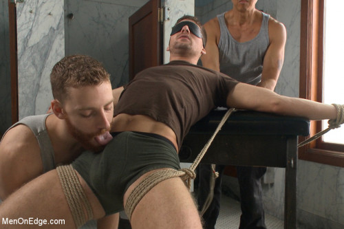 Connor Halsted shoots a load into his own mouth! Gay BDSM