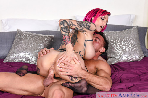 Anna Bell Peaks – The horny couple play (2017)