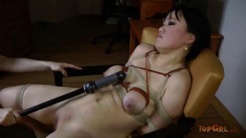 Nervous Madeleine Mei Sister Dee BDSM