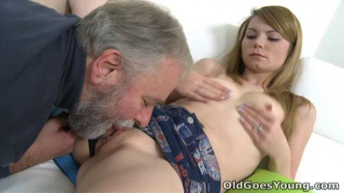 After a lengthy doggie style fucking Sveta gets her old lover's cum all over her body. Old and Young