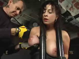 DOWNLOAD from FILESMONSTER: bdsm Insex 912 Live, Part One (Live Feed From December 4, 2001)