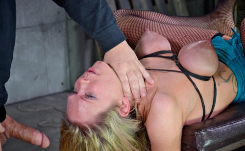 Punishing Anal and brutal deepthroat action
