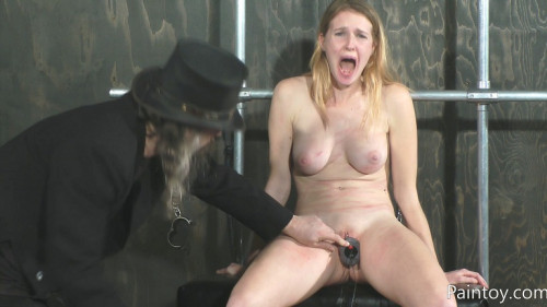 Ashley Lane - Raw Pussy Punishment BDSM