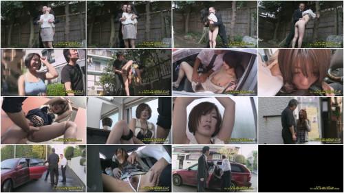 Women in heat in the outdoors