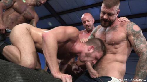 Guard Patrol Mitch Vaughn Brian Bonds David Benjamin Rocco Steele 720p