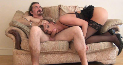 DOWNLOAD from FILESMONSTER: transsexual Sammi Gagging For It