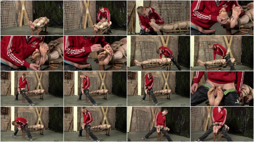 DOWNLOAD from FILESMONSTER: gay bdsm Ashton Loves His Foot Fucking Ashton Bradley Edwin Sykes 1080p (2014)