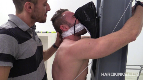 DOWNLOAD from FILESMONSTER: gay bdsm The Cleaner El Conde Mateo Stanford (2014)