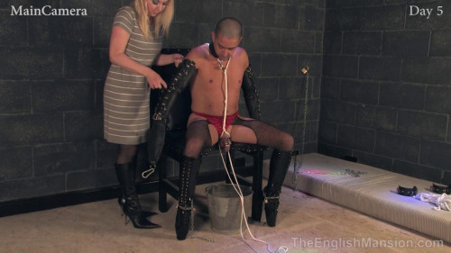 Real-Time Footage 247 - Slavery - Day 5 Femdom and Strapon
