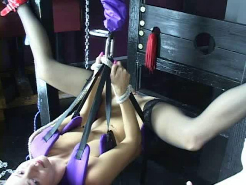Slave Training bd004 BDSM